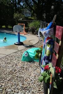pool-toy-storage-haus2home-1 (1)