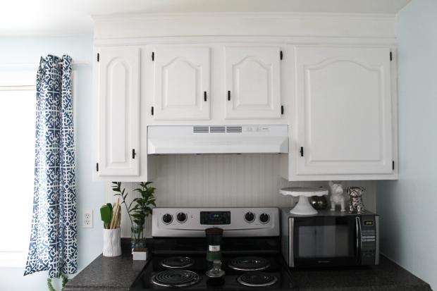 kitchen-cabinet-redo-krylon-haus2home-18