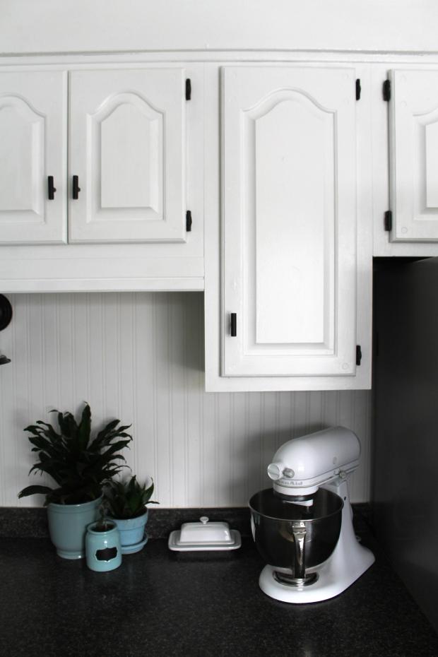 kitchen-cabinet-redo-krylon-haus2home-21